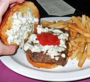 Continental Tavern, Yardley PA, Bleu Cheese Burger with bun