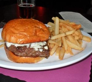 Continental Tavern, Yardley PA, Bleu Cheese Burger with bun